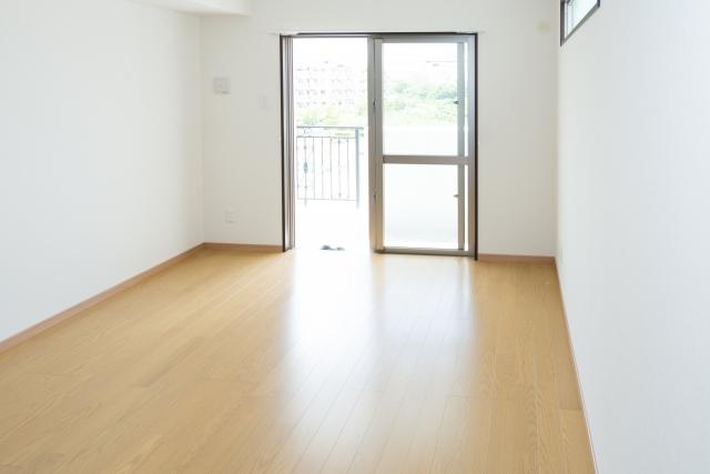 家具を置かない部屋